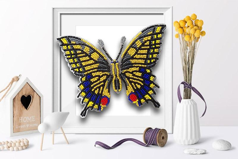 б-015 Набор для вышивания бисером 3-D Бабочка Махаон 14х11см