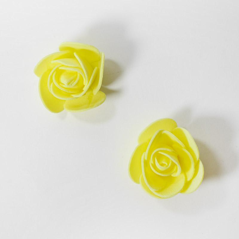 Розочка из фоамирана маленькая 3-4см желтый