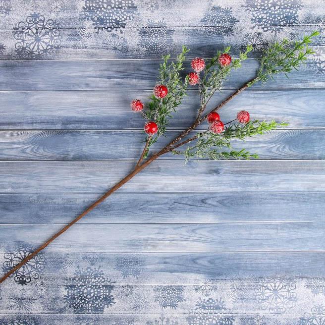 Декор Зимняя магия 43см ветка с ягодами 4301800
