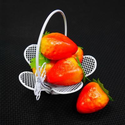 Декоративные фрукты Клубника 10шт