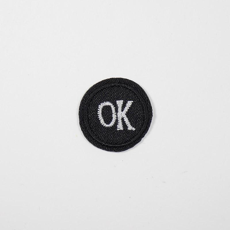 Термоаппликация ОК d 2.0см, круг арт 042, черно-белый