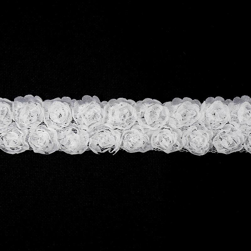 Тесьма Роза 10мм на сетке 30мм 1м белый