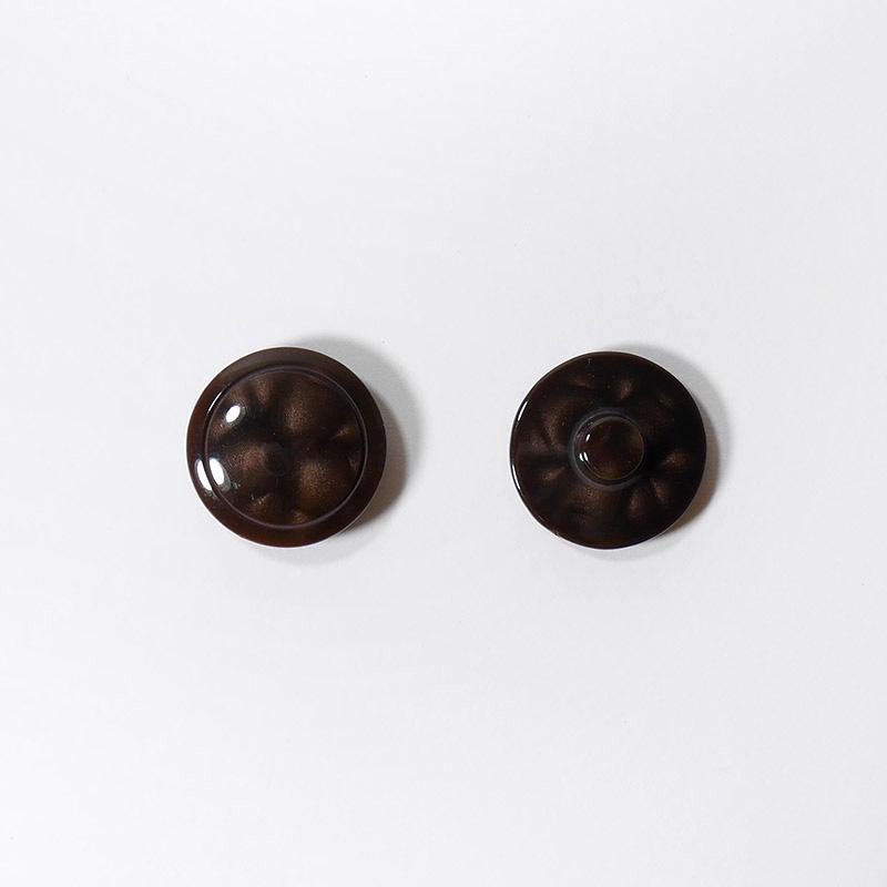 Пуговицы костюмные К-26 круг 18мм коричневый