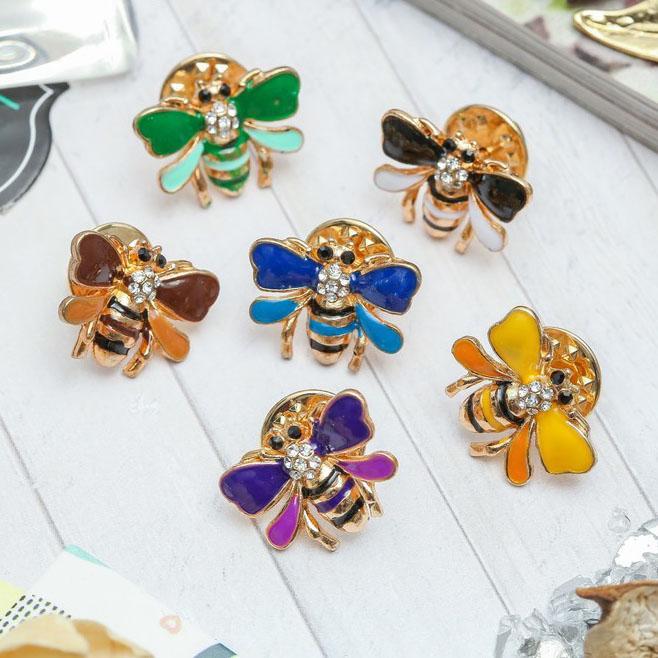 Значок Пчелка микс в золоте 3723911
