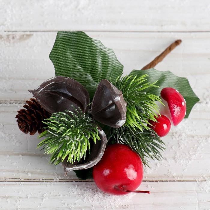 Декор Зимнее очарование 16см шишка ягоды и листья 4306265