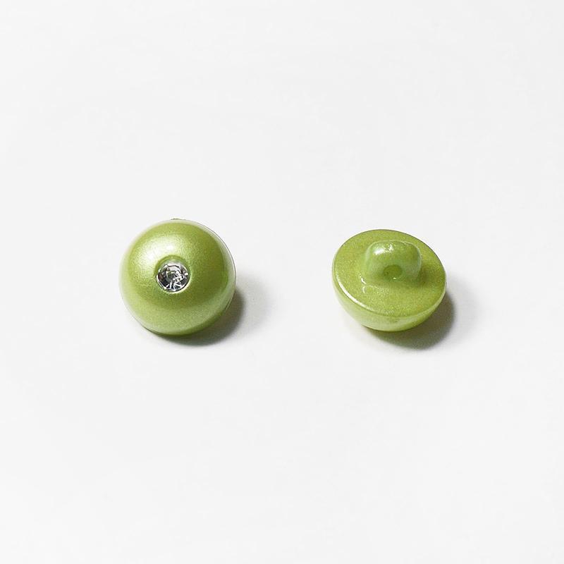 Пуговицы блузочные со страз. 12мм зеленый