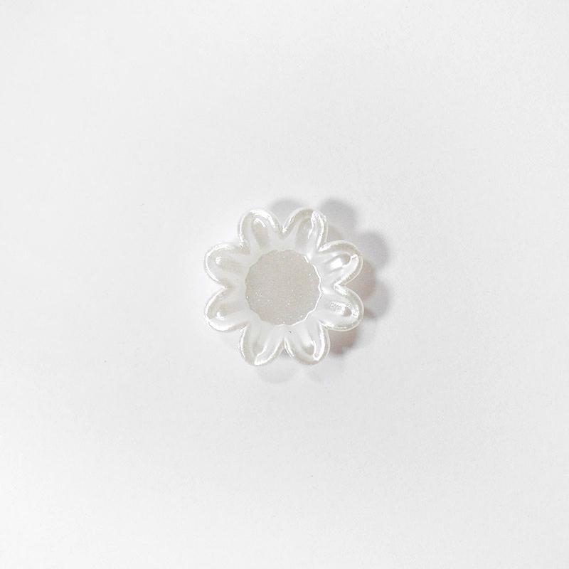 П/бусины фигур. К-49 Цветок 19мм клеевые белые