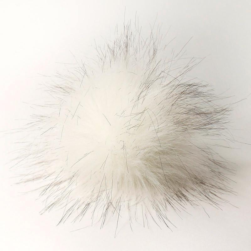 Помпон 15см искусственный под енота белый