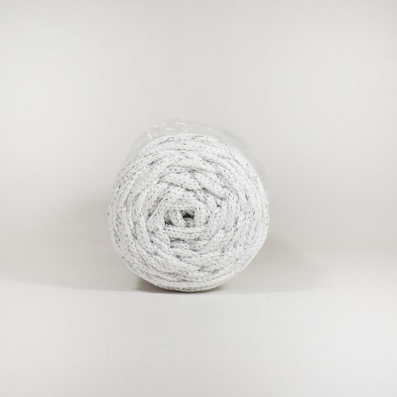 Шнур без сердечн 4мм №171 100м полиэфир белый с сер люрексом
