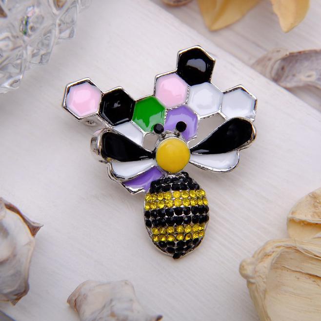 Брошь Пчела с сотами цветная 2997116