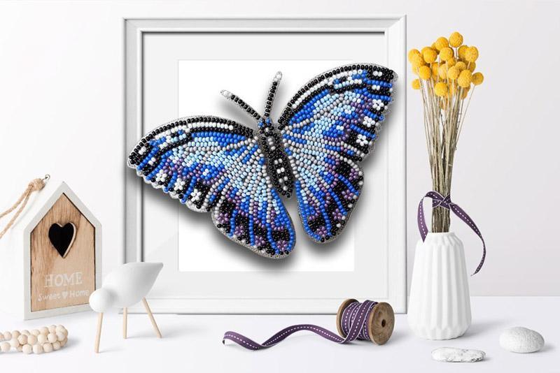 б-011 Набор для вышивания бисером 3-D Бабочка Морфо Пеллеида 13х8,5 см